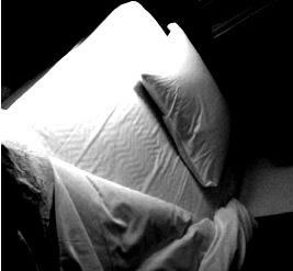 ベッドBW2.jpg